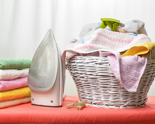 http://thelaundrypeople.co.in/wp-content/uploads/2020/07/Choosing-the-best-laundry-service-in-sultanpur-500x400.png